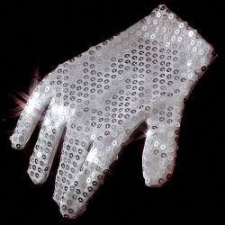 Rękawiczka z cekinów na prezent, Przebrania i stylizacje