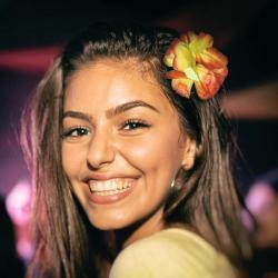 Hibiskus - hawajski kwiat do włosów Na wieczór panieński